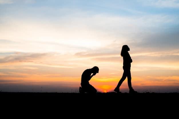 Jak podnieść się po nieudanym związku?